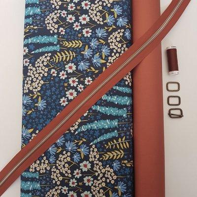 Cirri stoffenpakket 'Blue Flowers' ZONDER paspel (doorstikte versie)