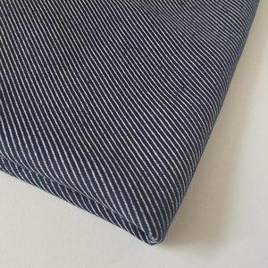 Deco diagonale strepen donkerblauw
