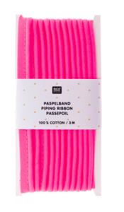 Paspel fluo roze voorverpakt 3 m