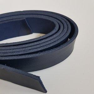 Lederen riem donkerblauw 25 mm