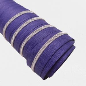 Rits violet met zilveren/nikkel tandjes