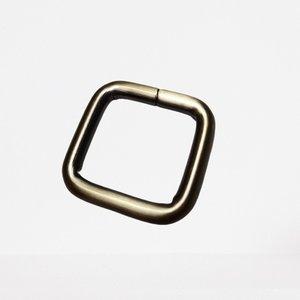 Passant vierkant brons 20 mm
