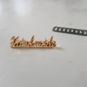'Handmade' label goud