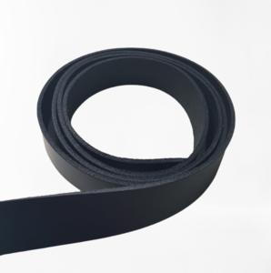 Lederen riem zwart 28 mm